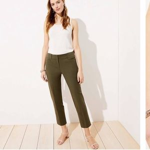 NWT Loft Riviera Pants in Julie fit, olive green